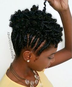 35 Must Try Cornrow Hairstyles - Part 57 The number styles you can create with cornrows are limitless! Read on our cornrows guide with conrow hairstyles inspiration and different looks you can create. Natural Tapered Cut, Tapered Hair, Cabello Afro Natural, Pelo Natural, Cornrows, Curly Hair Styles, Natural Hair Styles, Protective Styles For Natural Hair Short, Natural Hair Cuts