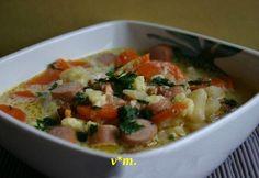 Ciorbitzá cu cremvusti.  ingrediente / 4 portzii -  100 gr. slániná afumatá -  3 ling. ulei - ...