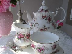 Karen's Cottage and Castle: A June Tea on the Balcony