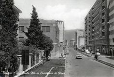 """""""Traffico in via Lombroso"""" - anni 60 http://www.bresciavintage.it/brescia-antica/cartoline/traffico-via-lombroso-anni-60/"""