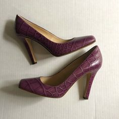 Ladies size 6 multi  peep toe shoes with mock croc heel in black and lilac