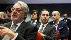 O presidente do Sporting de Braga criticou o Sporting e o FC Porto por terem abandonado a assembleia-geral da Liga Profissional de Futebol. António Salvador ainda elogiou a postura do Benfica. http://observador.pt/2017/12/29/antonio-salvador-critica-sporting-e-fc-porto-e-elogia-benfica/