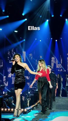 New Girl, Concert, Music, Girls, Celebs, Musica, Toddler Girls, Musik, Daughters