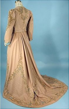 1903 Trained Taupe Wool Flannel Cutwork 2-piece Tea Gown