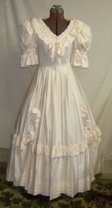 24f0dc3b254 Vintage Laura Ashley Wedding Dress Southern Belle Ball Gown Cream