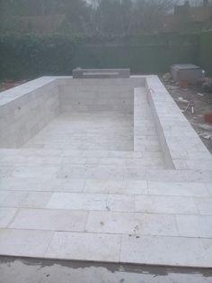 Tile Floor, Sidewalk, Flooring, Crafts, Travertine, Manualidades, Side Walkway, Tile Flooring, Walkway