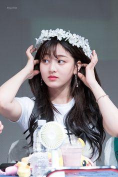 Twice - Jihyo Nayeon, Kpop Girl Groups, Korean Girl Groups, Kpop Girls, K Pop, Snsd, Park Ji Soo, Warner Music, Leader Twice