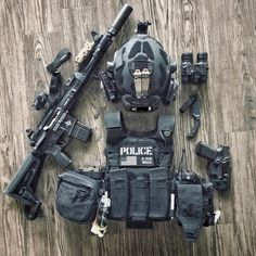Police Tactical Gear, Tactical Life, Police Gear, Airsoft Gear, Tactical Equipment, Tactical Survival, Weapons Guns, Guns And Ammo, Tactical Solutions