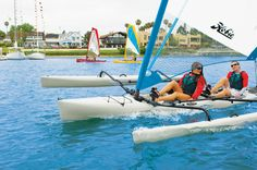 Sailing has never seemed so simple. When the wind blows, the Hobie Mirage Tandem Island flies across the water, powered by an expansive, easily tended mainsail. Hobie Adventure Island, Hobie Tandem Island, Sailing Kayak, Hobie Mirage, Hobie Kayak, Sup Surf, Boat Rental, Windsurfing, Boat Building