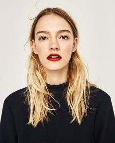 Discover the new ZARA collection online. Glam Makeup, Hair Makeup, Beauty Make Up, Hair Beauty, Jlo Glow, Portrait Poses, Portraits, Natural Wedding Makeup, Lots Of Makeup