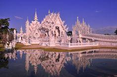 Amazing White Temple, Chiang Rai Thailand.