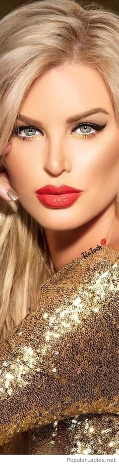 Gold, blonde and red lips