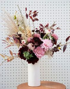 Three florists share simple seasonal arrangements that you can make at home | archdigest.com