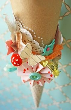 prettiness, creative cone with doily and scrapbook paper Diy And Crafts, Arts And Crafts, Paper Crafts, Kirigami, Paper Cones, Paper Flowers, Paper Art, Craft Projects, Craft Ideas