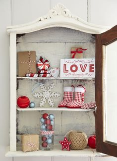 Discover, the warm and cosy Scandi Christmas Trend on Tesco Direct