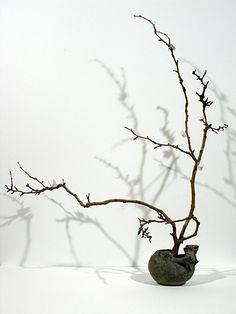 Ikebana sculpture by Jason Lewis