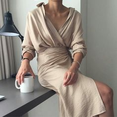 2018 spring summer khaki beige vintage Cotton shirt dress v neck Long Sleeve Belted Dress Elegant Work Long Dress 2018 spring summer khaki beige sexy vintage Cotton and Linen shirt dress v neck Long Sleeve Belted Dress Elegant Work Long Dress Cotton Shirt Dress, Kimono Dress, Belted Dress, Dress Long, Bodycon Dress, Dress Shirts, Fashion Mode, Look Fashion, Fashion Outfits
