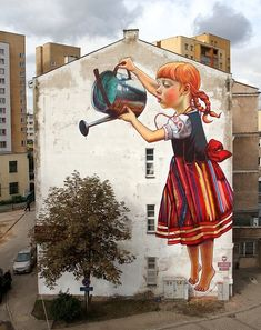 The Legend of Giants: A New Mural by Natalia Rak street art.The Legend of Giants: Mural by Polish artist and graphic designer Natalia Rak that was painted as part of the Folk on the Street art festival in Białystok, Poland. 3d Street Art, Amazing Street Art, Best Street Art, Street Art Graffiti, Street Artists, Street Work, Street Mural, Graffiti Kunst, Graffiti Banksy