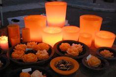 creazioni di candele di vario tipo con colori e profumazioni e decorazioni a scelta,contattatemi se siete interessati!