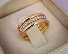 Wedding Rings Discover Eternity wedding band-Diamond wedding wedding bands-Three tone Yellow Gold Ring-Bridal sets-Triplet & Double rings-For her 3 Wedding Bands, Diamond Wedding Bands, Wedding Sets, Gold Ring Designs, Gold Jewellery Design, Jewellery Box, Jewellery Shops, Jewelry Stores, Ring Design In Gold