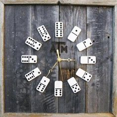Domino Clock--NO INSTRUCTIONS, but a great concept. Easy DIY with clock kit. Could mod-podge a scene for background, or paint wild colors. Great in a game room. Diy Love, Diy Home Accessories, Deco Originale, Wall Clock Design, Creation Deco, Arts And Crafts, Diy Crafts, Ideas Geniales, Diy Projects To Try