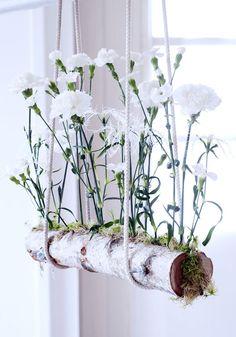Stam fylld med blomjord. #smartdesign #designideas #inredning #inspiration