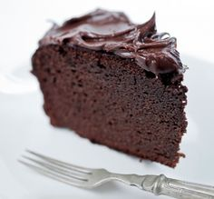 Naked Chocolate Cake Ingredients: Coconut flour cocoa powder coconut oil eggs honey or maple syrup baking powder cinnamon vanilla extract.bake this cake Desserts Keto, Healthy Sweets, Gluten Free Desserts, Healthy Baking, Healthy Chef, Patisserie Sans Gluten, Dessert Sans Gluten, Paleo Dessert, Coconut Flour Chocolate Cake