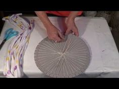 Tapete redondo com tear - Round carpet with loom - Alfombra redonda con telar - YouTube