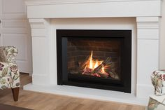 Browse the Valor fireplace showroom, or use our simple selection tool to find the perfect fit for your home. Propane Fireplace Indoor, Natural Gas Fireplace, Shiplap Fireplace, Small Fireplace, Home Fireplace, Fireplace Remodel, Living Room With Fireplace, Fireplace Design, Fireplace Ideas