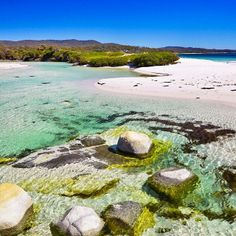 The beach at Binalong Bay - surely this in what heaven looks like?  Binalong Bay is a small coastal town on Tasmania's northeast coast at the sourthern end of the famous Bay of Fires. Image Credit: Elisa Detrez