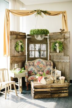 rustic reception lounge - photo by Allison Hopperstad Photography http://ruffledblog.com/wedding-ideas-inspired-by-floral-graffiti