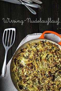 Holunderweg 18 | Der vegetarische Foodblog aus Stuttgart: Die Mädchenküche kocht #4: Nudel-Wirsing-Auflauf