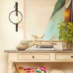 <p>Taylor Borsari chooses not-so-obvious colors from the seaside for her family's beach house</p>