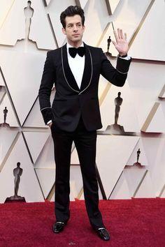 Mark Ronson in Maison Lance and Roger Vivier shoes Mahershala Ali, Regina King, Lisa Bonet, Best Dressed Man, Sharp Dressed Man, Melissa Mccarthy, Bradley Cooper, Oscars, Lady Gaga