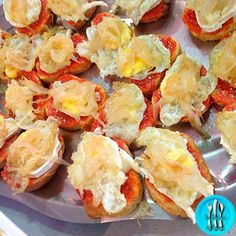 Good Healthy Recipes, Snack Recipes, Cooking Recipes, Quiches, Spanish Tapas, Tapas Bar, Tiny Food, Snacks Für Party, Recipe Images
