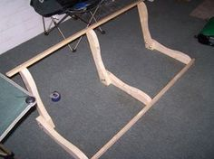 Front Porch Swing Plans Wood Porch Swing Plan - Homemade porch swing that is easy to build Woodworking Blueprints, Woodworking Projects, Youtube Woodworking, Teds Woodworking, Furniture Plans, Diy Furniture, Porch Swing Frame, Porch Swings, Swing Design