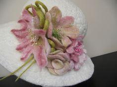 handmade felt hat | Flickr: Intercambio de fotos