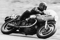 Bol D'or 1971 Bugatti Circuit, Le Mans Moto Guzzi 850 no: 53 machine of Vittorio Brambilla and Guido Mandracci finished third.