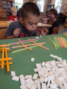 3 Little Pigs: Straws, pencils and mosaic tiles