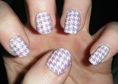 Lilac Polish w/White Houndstooth Design