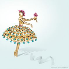 Ballerina clip, 1946, Van Cleef & Arpels collection. Yellow gold, rubies, turquoise.