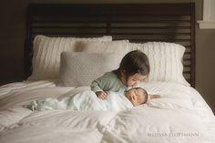 by Alicia Gould   Newborns are pure...            innocent...            fragile...            beautiful...            There is something that twinkles in a newborn photographer's eye when you ask them what they love about capturing newborns.  If you can't see their eyes, ...