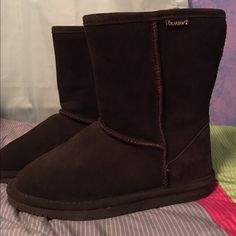 🚫SOLD🚫on ♏️ercari Bear Paw Brown Boots Purchased for $55 online. Good condition Bear Paw dark brown boots. (Worn very few times) Cozy & soft on inside yet stable & good traction.. Perfect for winter. Size 9  💕Negotiable🙂 will sell cheaper on ♏️ercari✨ Shoes Winter & Rain Boots