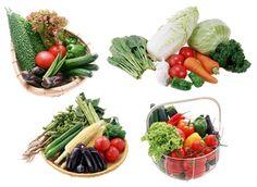 Самые низкокалорийные продукты – не значит, что они самые вредные. Тем, кто хочет похудеть, нужно обратить внимание на фрукты, овощи, мясо и другую еду, которые содержат минимум калорий.