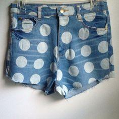 ✊Denim High Rise Polka Dot Shorts NWOT & never worn. 100% poly blend. Front & back pockets 36point5 Jeans