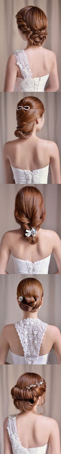 Different hairstyles for bridesmaids