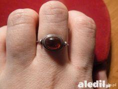 stary srebrny bursztynek srebrny pierścionek z małym bursztynkiem
