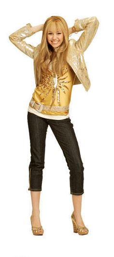 this is fun Hannah Montana Outfits, Hannah Montana Forever, Hana Montana, Nashville, Miley Cyrus Pictures, Miley Stewart, Lumpy Space Princess, Disney Channel Shows, Girl Meets World