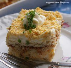 Salatka tunczykowa na krakersach