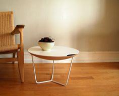 Многофункциональный кофейный столик от студии Gridy